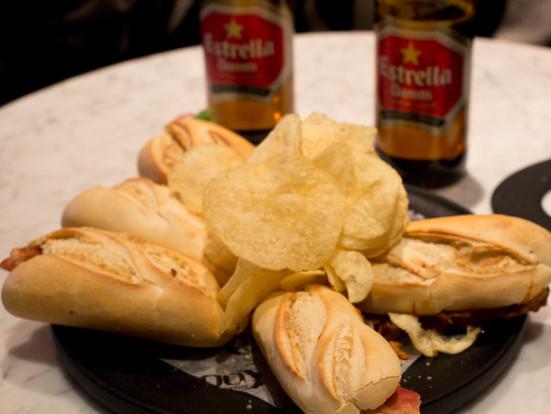 20131215-100-montaditos-sandwiches