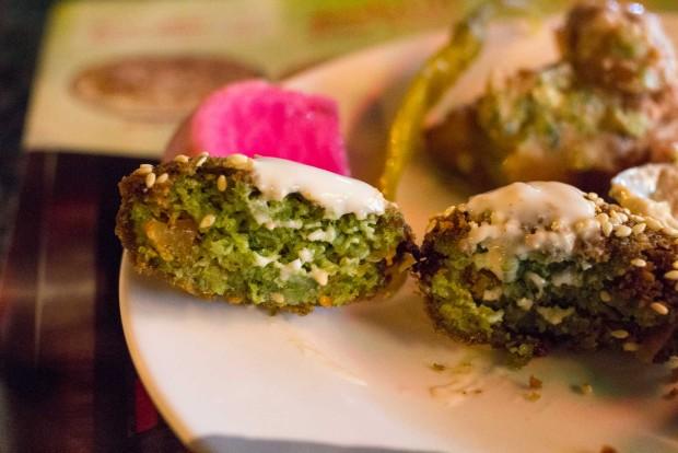 qwaider al nabulsi falafel mahshi insides