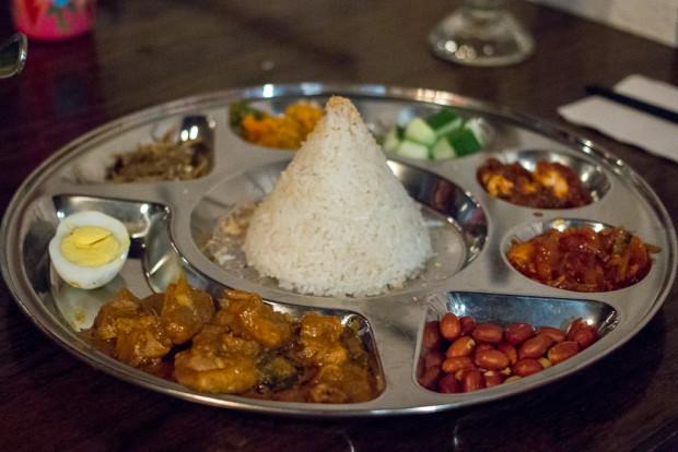 pasar malam nasi lemak