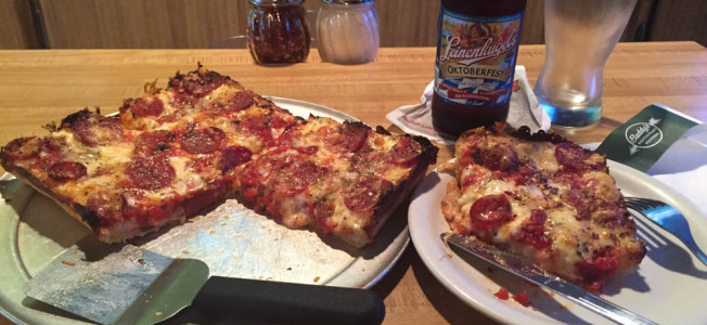 buddy's detroiter pizza