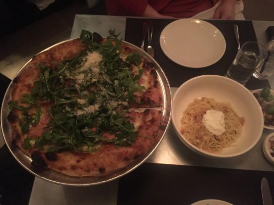 pizzeria sirenetta arugula & prosciutto pizza